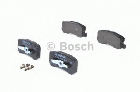 0986424717 BOSCH Тормозные колодки дисковые задние MITSUBISHI PAJERO 2.5TD,3.2TDI,3.5I 00.0